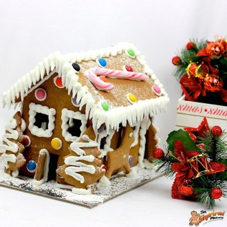 Gingerbread House traditional