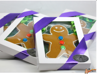 Gift box gingerbread men