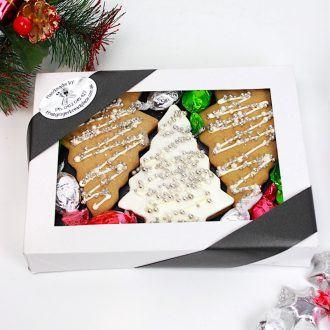 Tree gingerbread gift box
